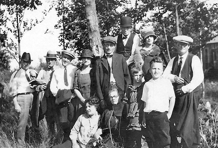 blake family in duluth, 1922